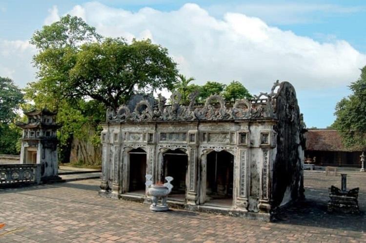 Đền Thánh Nguyễn chùa Bái Đính