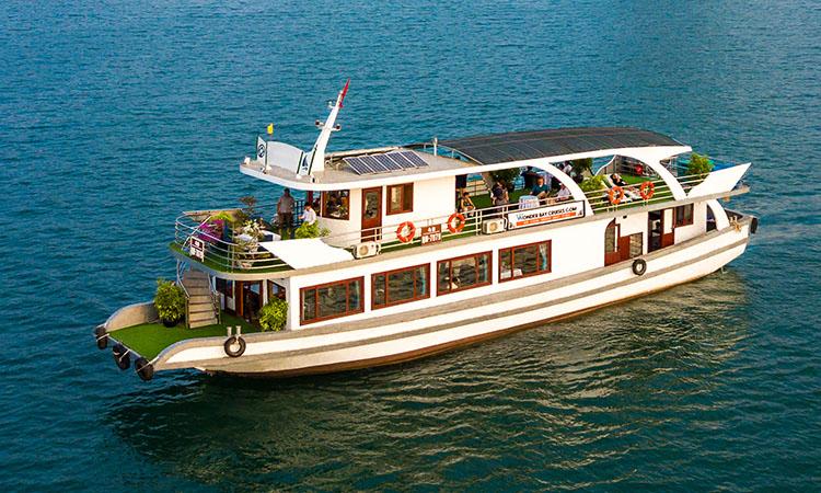 Tour Hạ Long 1 ngày tàu thăm vịnh