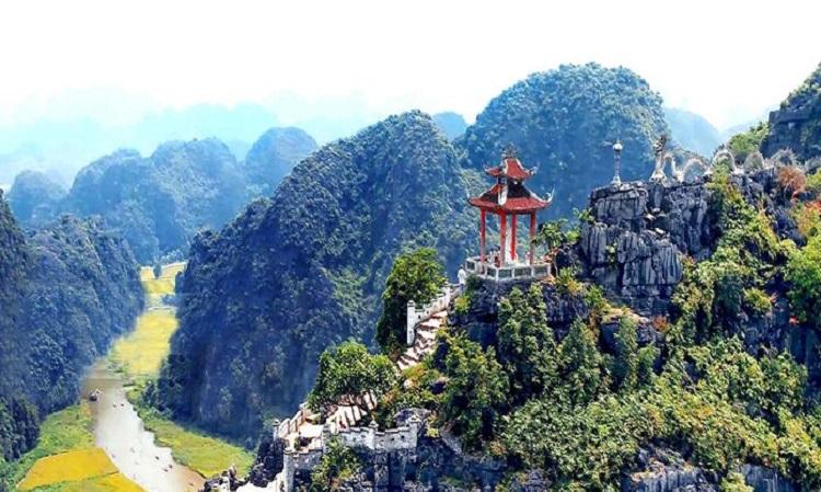 Hang Múa Ninh Bình checkin trọn Tam cốc