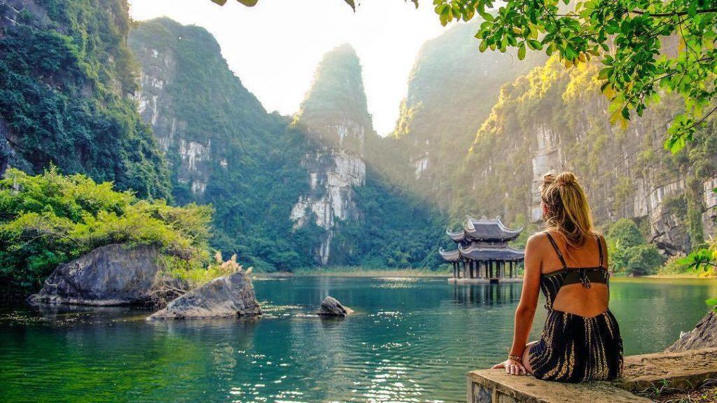Khu sinh thái Tràng An tour Ninh Ninh