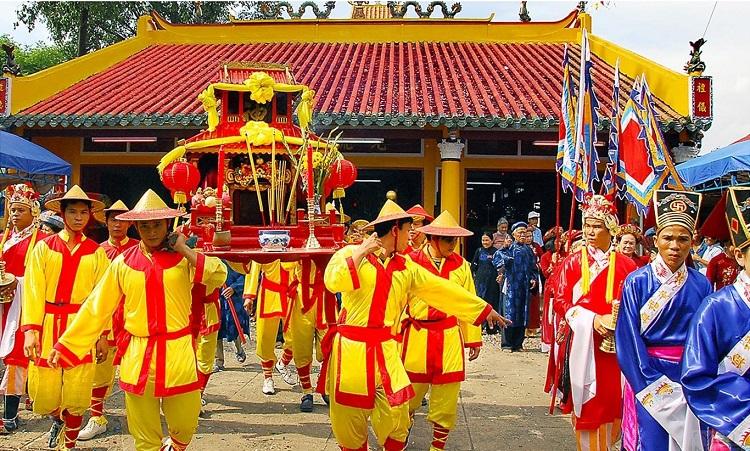 Lễ hội Hoa Lư Ninh Bình