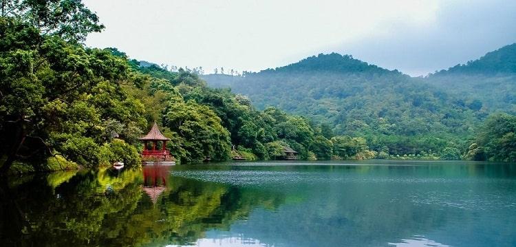 Cảnh vật nên thơ tại Thiên Sơn Suối Ngà