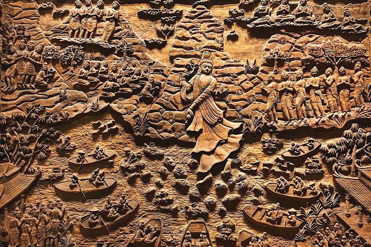 Bức phù điêu ở chùa Tam Chúc