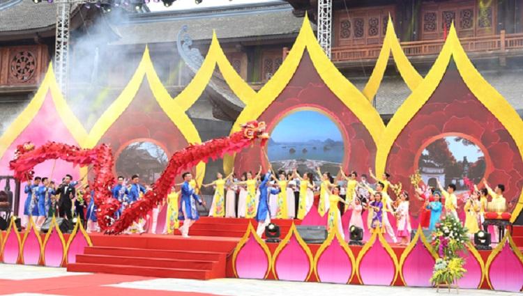 Lễ hội chùa Tam Chúc Hà Nam
