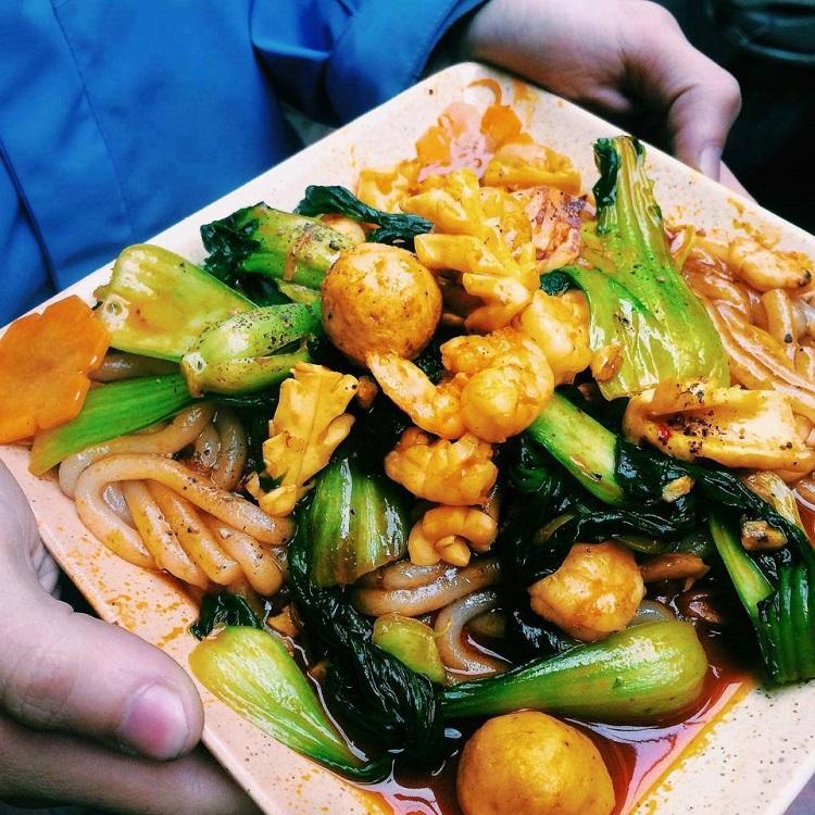Món ăn trưa ngon ở Hà Nội