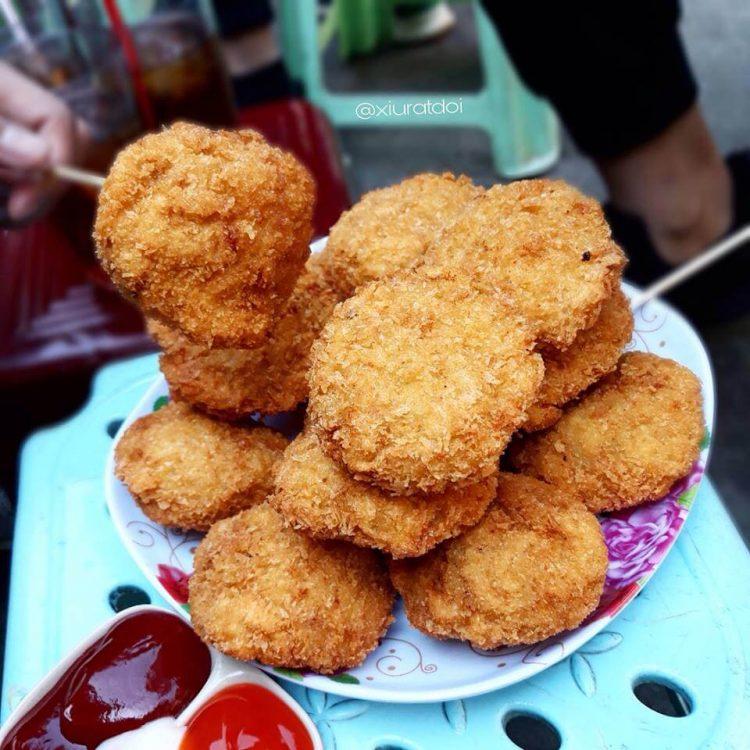 Bánh gà Thần Thánh - Món ăn vặt ngon ở Hà Nội